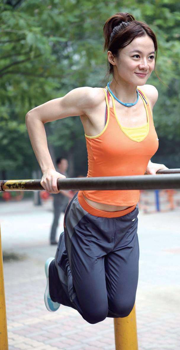 健身器材上干美女_广东浩欣游乐- 儿童滑梯-淘气堡健身器材常见的少儿娱乐设施